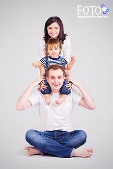 Семейная фотосессия дома идеи фото