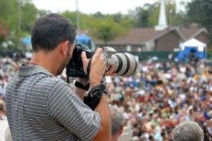 60864-318x212-PhotojournalismEthics-300x200[1]
